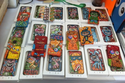 DAFF Shanghai 2013: One-Off Handpainted iPhone Covers